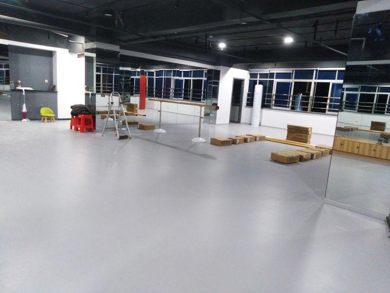 湖南长沙个人舞蹈室小丑地胶铺装案例
