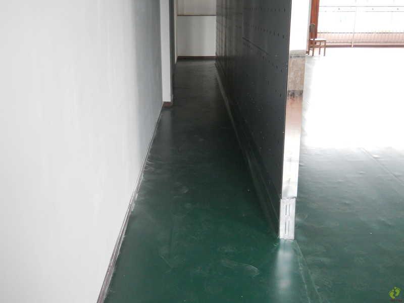 湖北武汉东西湖老年大学舞蹈地胶铺设